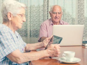 social media & medical alert helps seniors stay in touch